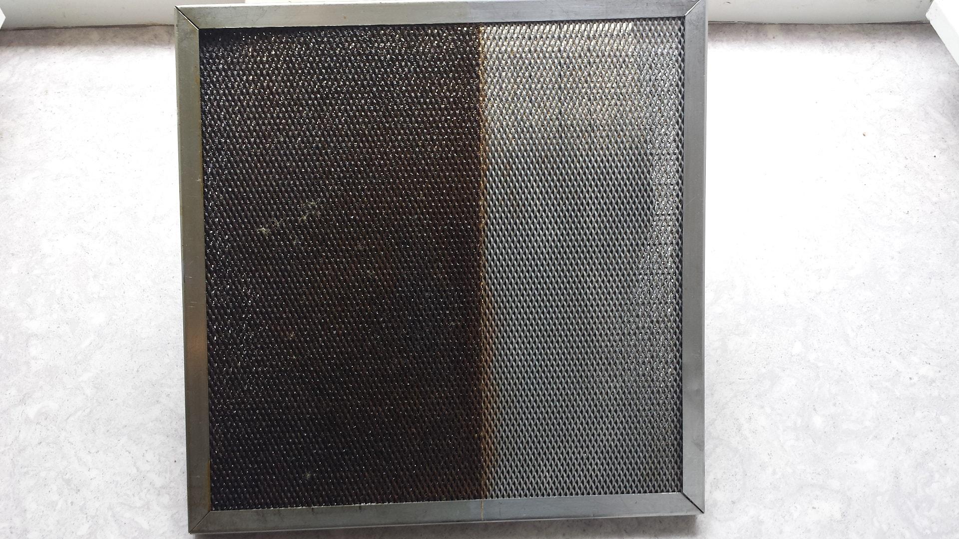 Nettoyage de hotte de cuisine de restaurant amazing nettoyer filtre hotte dans bassine dueau - Nettoyer filtre hotte bicarbonate ...